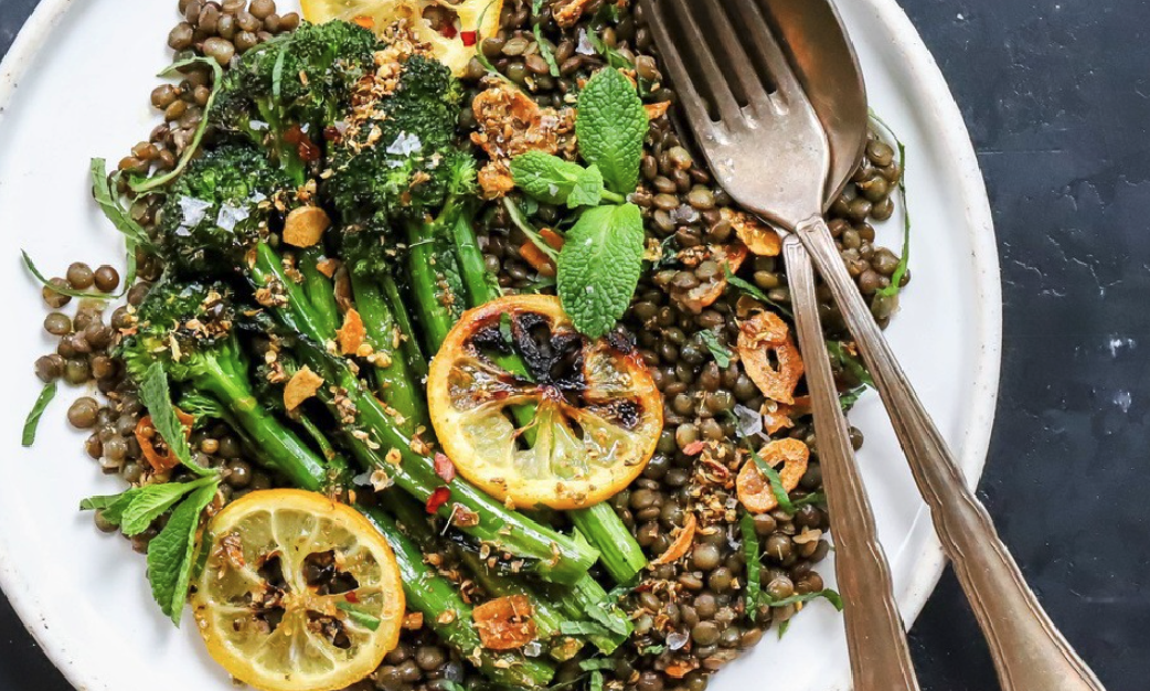 EpicLuv - Spiced Lentils Broccolini with Lemon